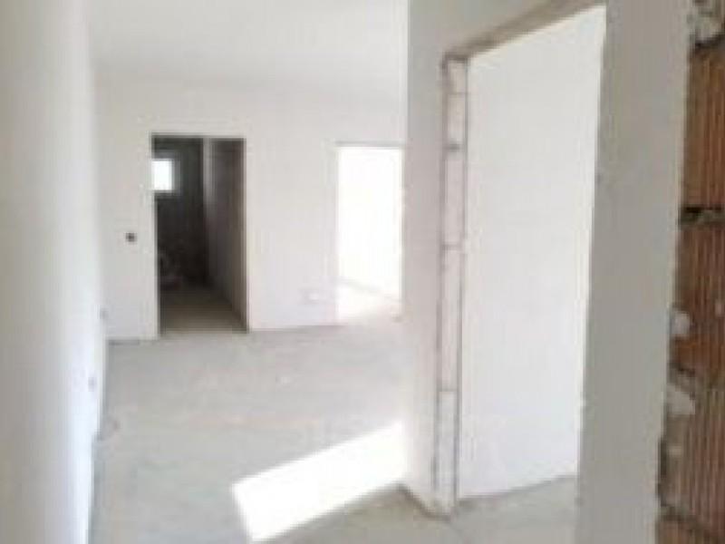Apartament Cu 3 Camere Baciu ID V493368 2