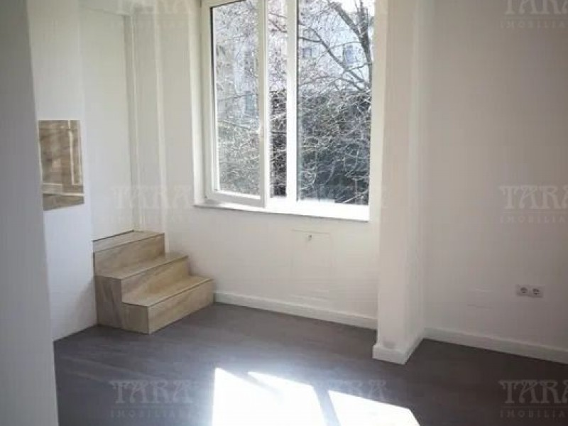 Apartament Cu 2 Camere Semicentral ID V917340 2
