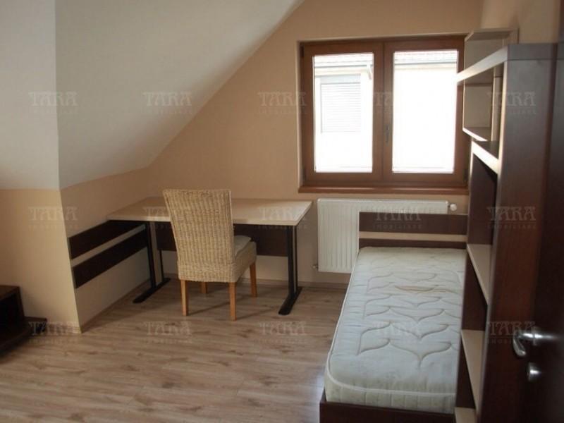 Casa Cu 6 Camere Floresti ID I329336 4