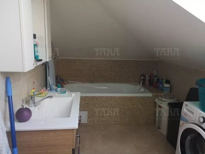 Apartament Cu 3 Camere Floresti ID V690868 7