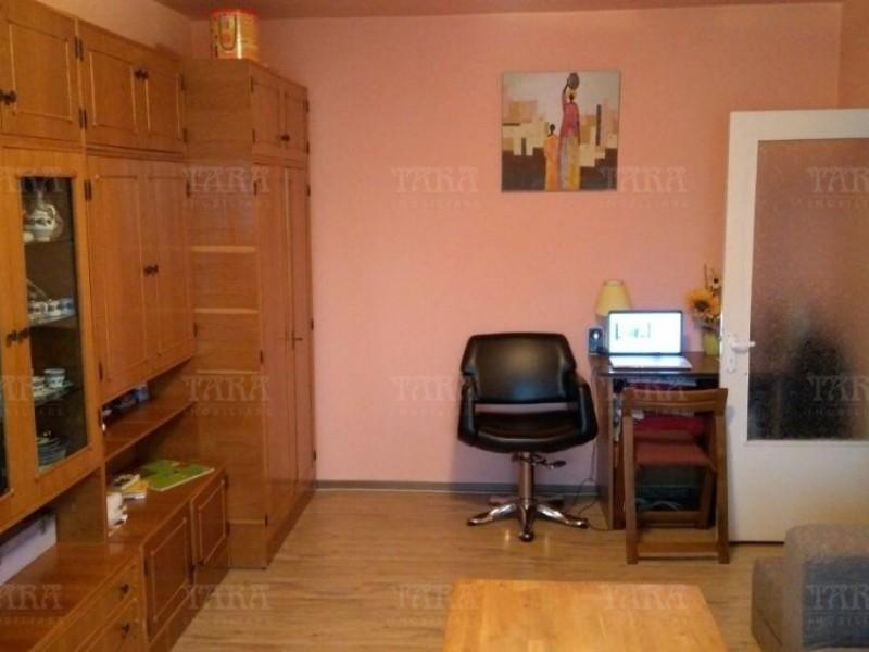 Apartament Cu 2 Camere Semicentral ID V502700 2