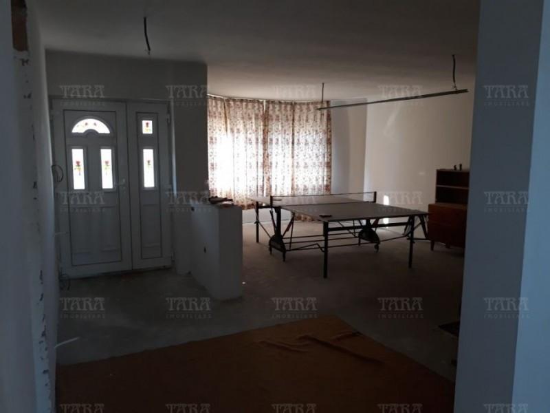 Casa 5 camere, Apahida