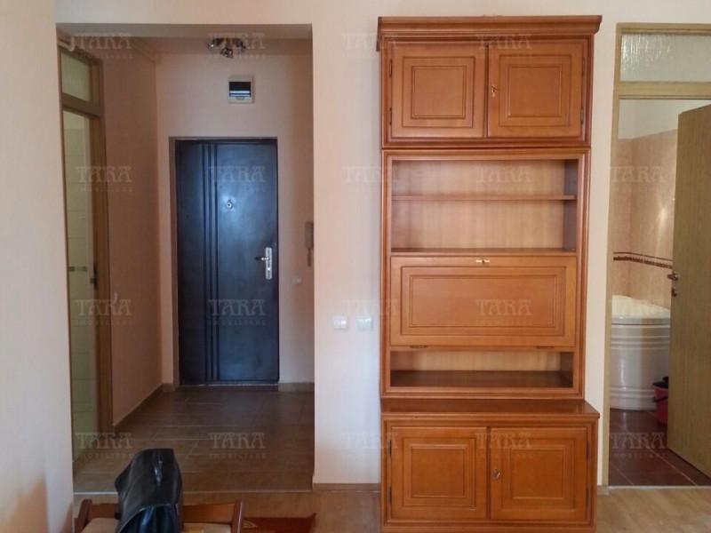 Apartament Cu 3 Camere Semicentral ID V554054 4