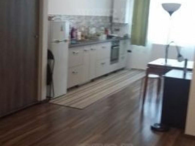 Apartament Cu 3 Camere Floresti ID V496490 2