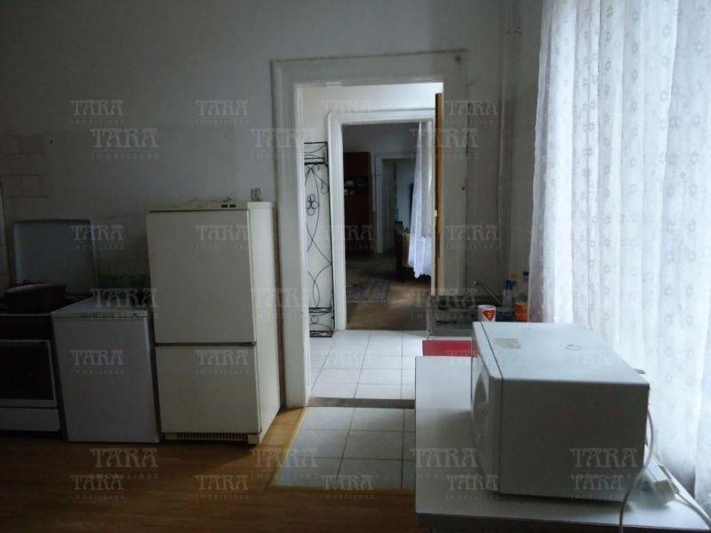 Apartament Cu 3 Camere Ultracentral ID V200032 8