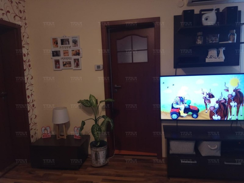Apartament Cu 3 Camere Floresti ID V717766 1