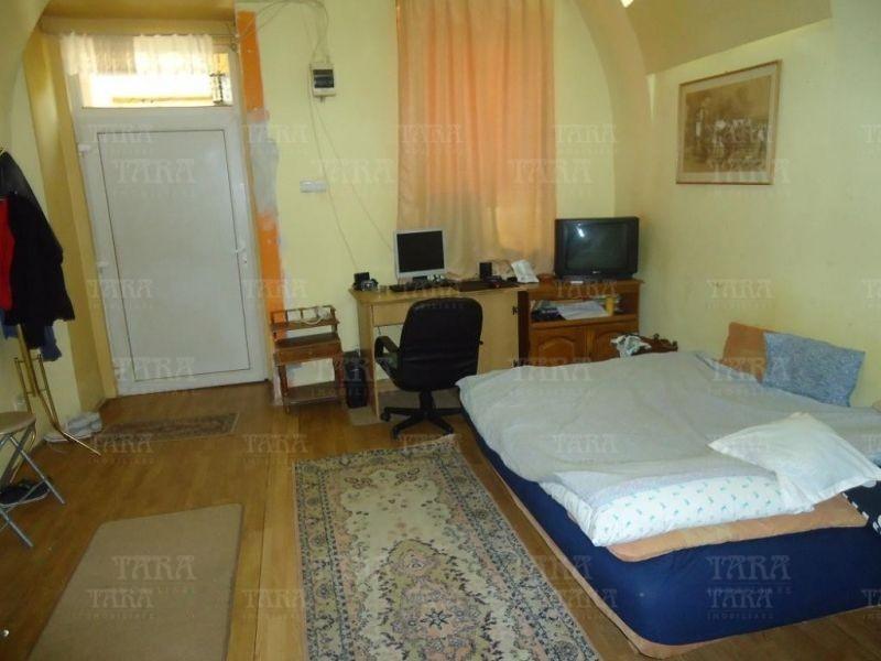 Apartament Cu 2 Camere Ultracentral ID V209868 3