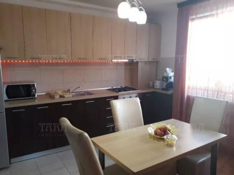 Apartament Cu 3 Camere Floresti ID V812040 3