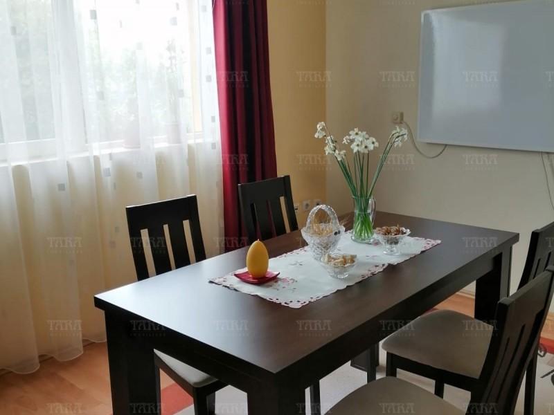 Casa Cu 8 Camere Dambul Rotund ID V714398 9