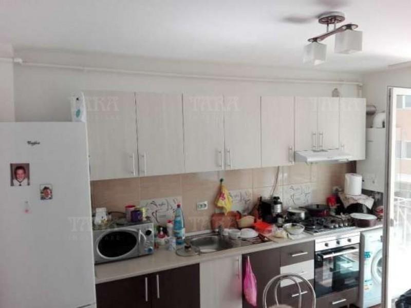 Apartament Cu 3 Camere Floresti ID V279818 2