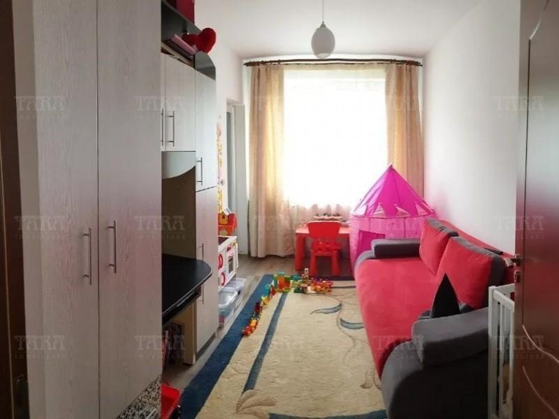 Apartament Cu 3 Camere Floresti ID V716641 2