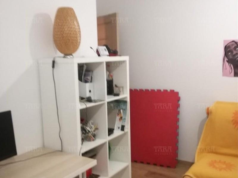 Apartament Cu 2 Camere Floresti ID V1055450 2