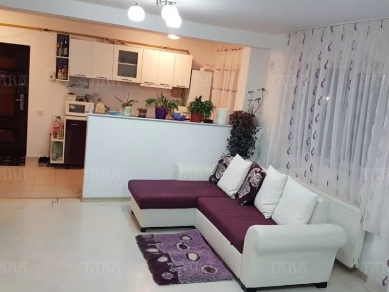Apartament Cu 3 Camere Floresti ID V708794 2