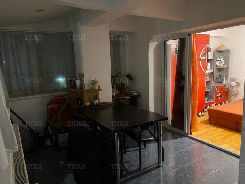 Apartament Cu 4 Camere Semicentral ID V1098019 11