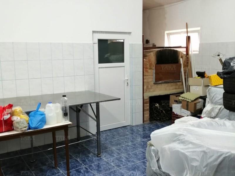 Casa Cu 8 Camere Dambul Rotund ID V714398 19