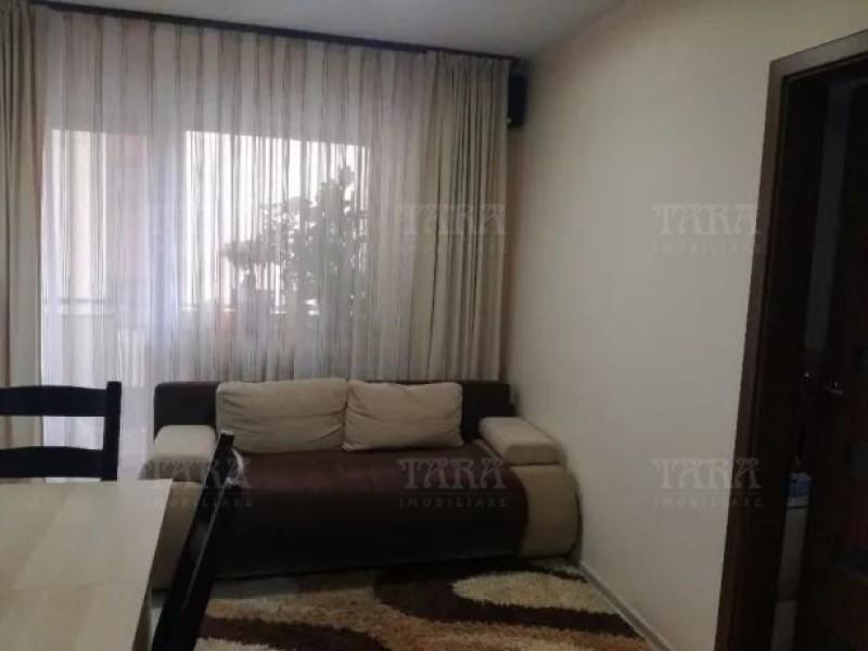 Apartament Cu 3 Camere Floresti ID V672962 3