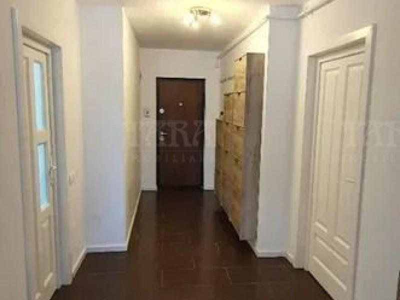Apartament Cu 3 Camere Dambul Rotund ID V920579 3