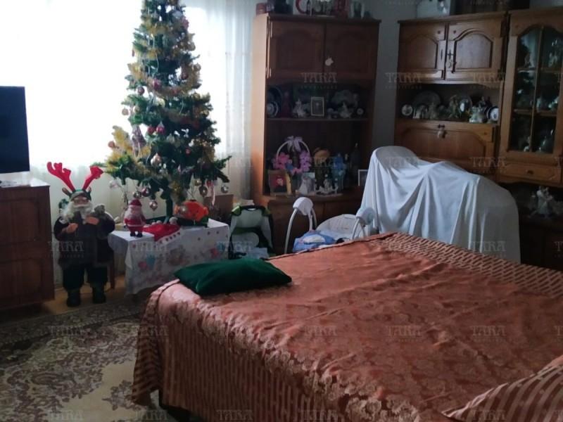 Casa Cu 5 Camere Dambul Rotund ID V257540 5