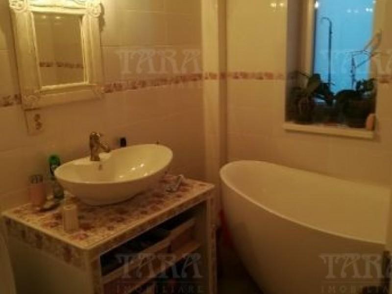 Apartament Cu 3 Camere Nord ID V500038 6