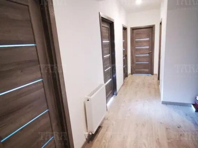 Apartament Cu 3 Camere Sannicoara ID V997887 4