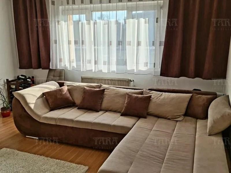 Apartament Cu 3 Camere Plopilor ID V1091208 2