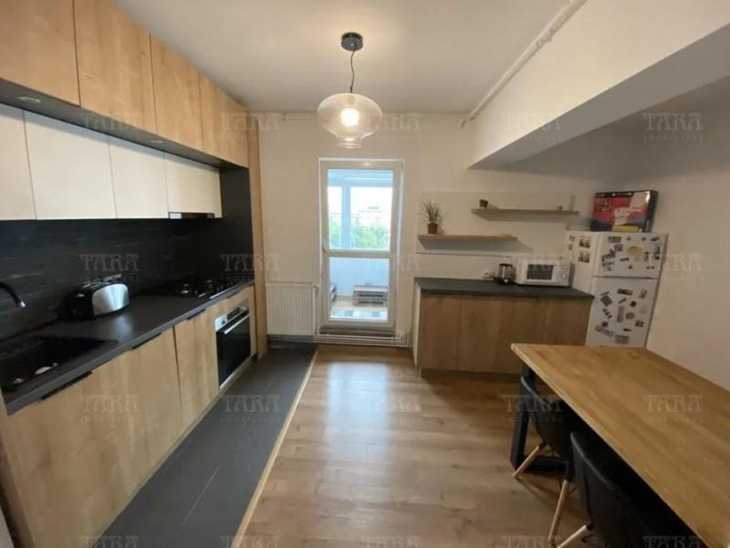 Apartament Cu 3 Camere Semicentral ID V986182 2
