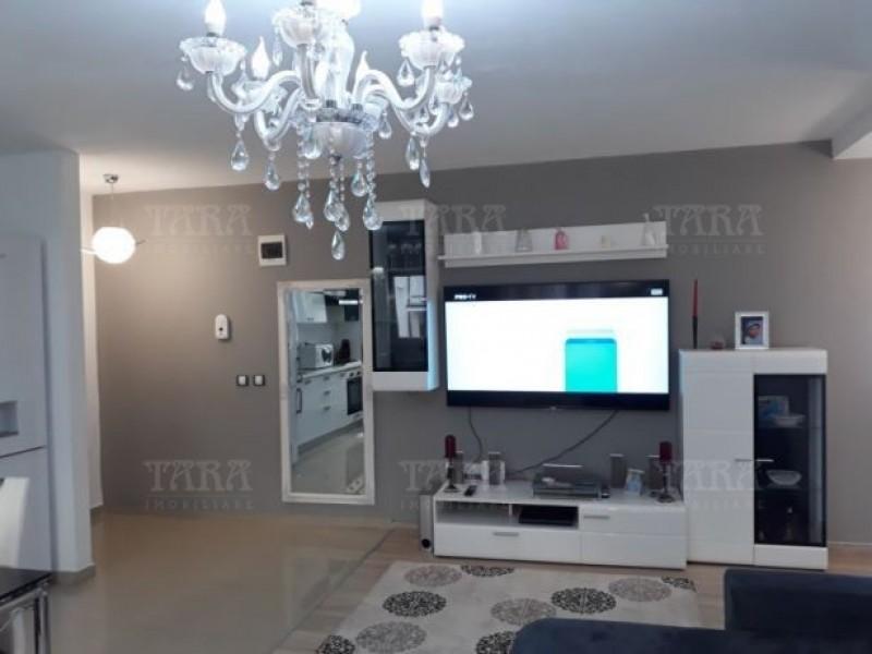 Apartament Cu 3 Camere Floresti ID V735087 2