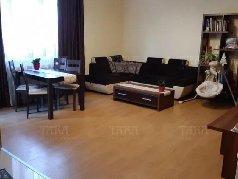 Apartament Cu 3 Camere Floresti ID V876754 3