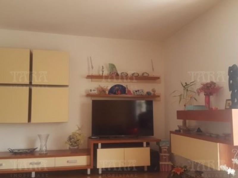Apartament Cu 3 Camere Plopilor ID V525685 2