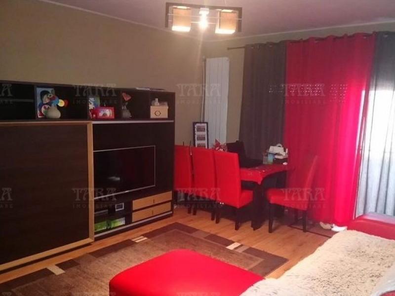 Apartament Cu 3 Camere Floresti ID V690300 3