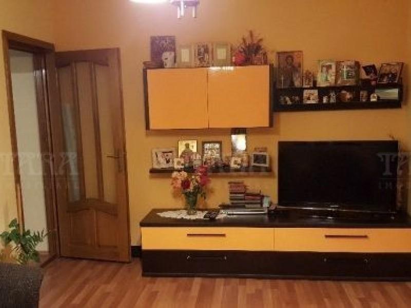 Apartament Cu 3 Camere Floresti ID V366472 2