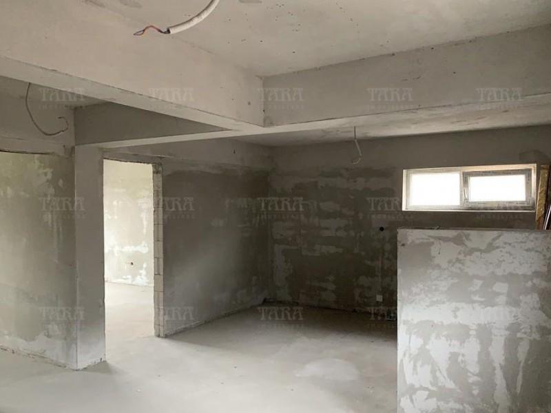 Apartament Cu 3 Camere Floresti ID V965073 4