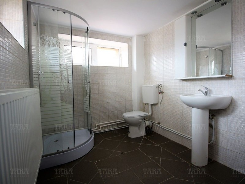 Apartament Cu 4 Camere Floresti ID V515048 2