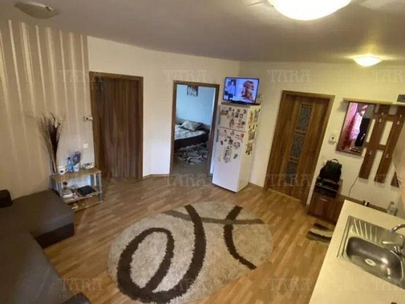 Apartament Cu 3 Camere Floresti ID V915315 4