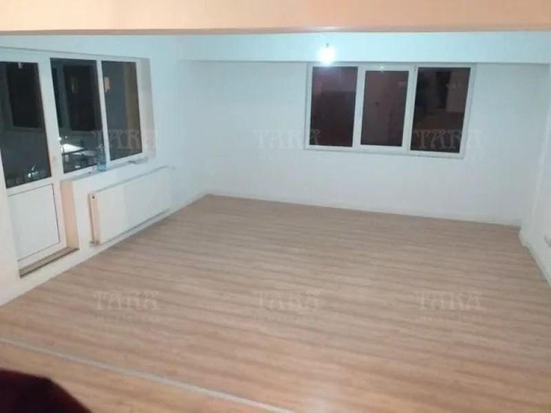 Apartament Cu 3 Camere Floresti ID V865149 1