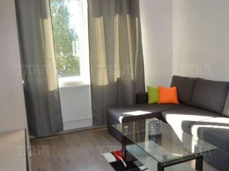 Apartament 3 camere, Ultracentral