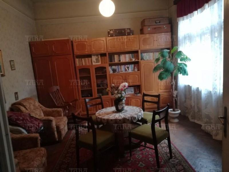 Casa Cu 2 Camere Semicentral ID V499140 1