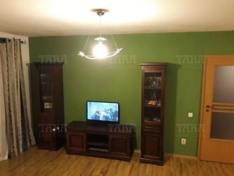 Apartament Cu 3 Camere Floresti ID V667931 2