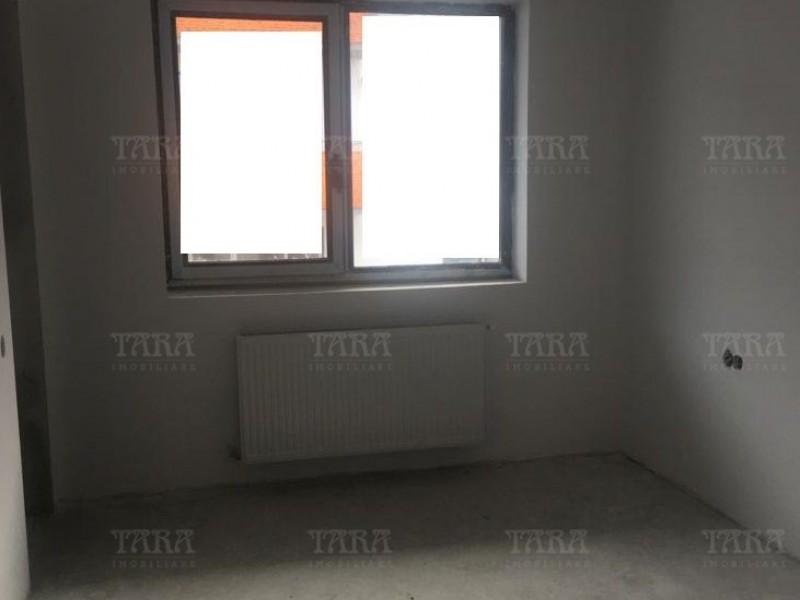 Apartament Cu 4 Camere Floresti ID V855184 2
