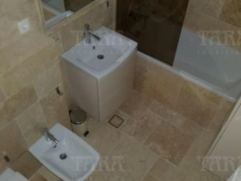 Apartament Cu 3 Camere Semicentral ID V491001 7