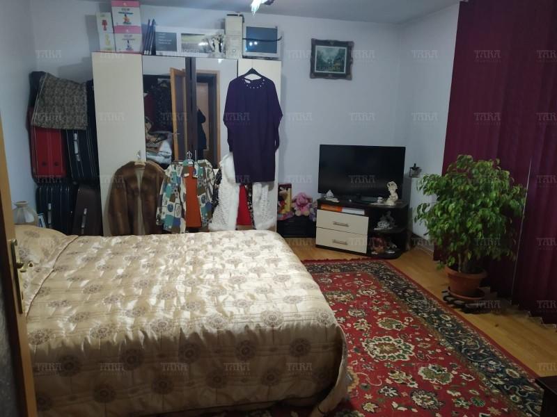 Casa Cu 5 Camere Dambul Rotund ID V257540 7
