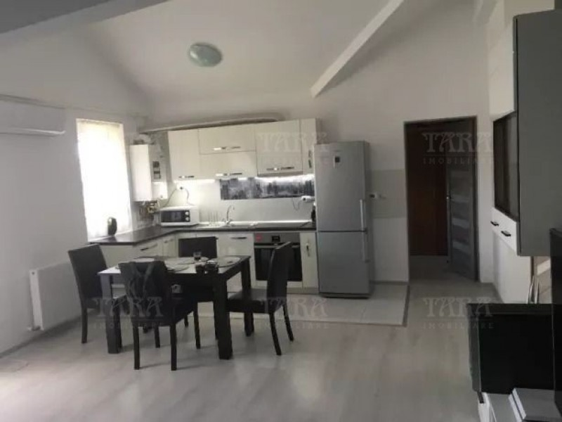 Apartament cu 4 camere, Manastur