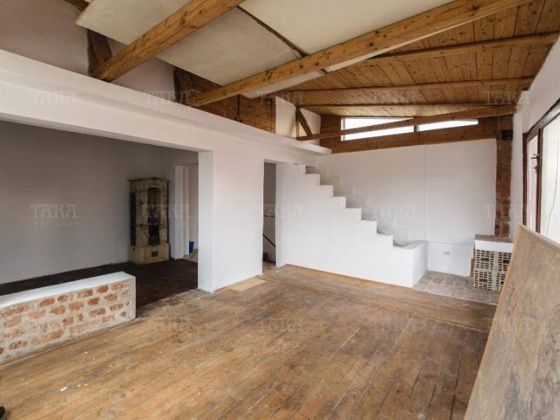 Casa Cu 4 Camere Semicentral ID V546626 1