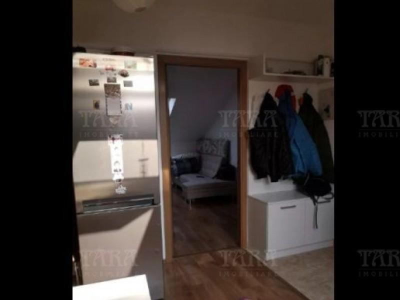 Apartament Cu 3 Camere Floresti ID V709213 2