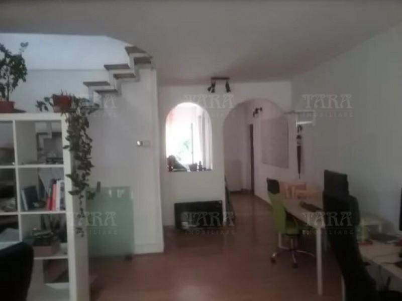 Apartament Cu 3 Camere Ultracentral ID V617016 2
