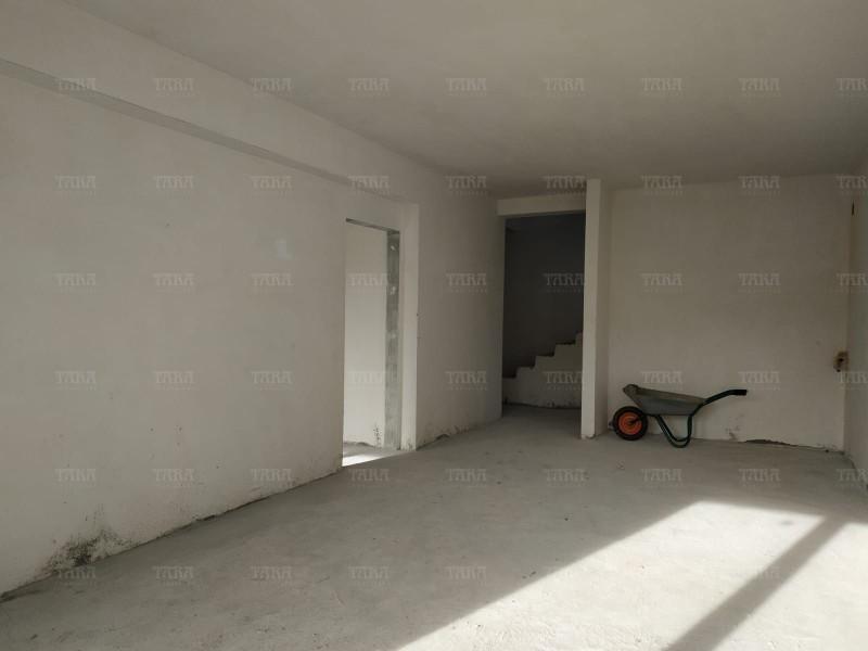 Casa 4 camere, Sannicoara