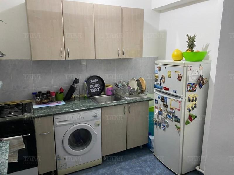 Apartament Cu 4 Camere Semicentral ID V1098019 1