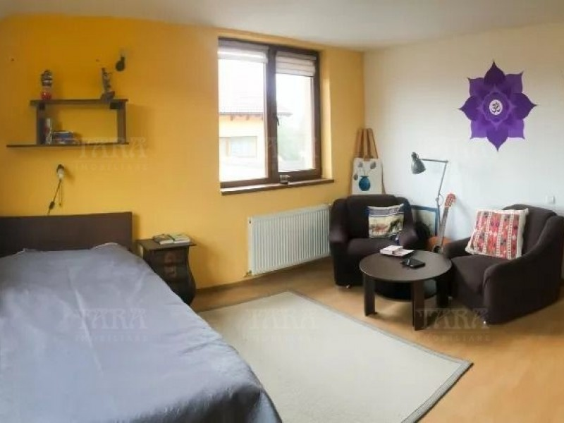 Casa Cu 4 Camere Floresti ID V815841 4
