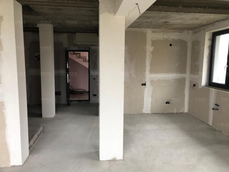 Apartament Cu 4 Camere Floresti ID V656117 4