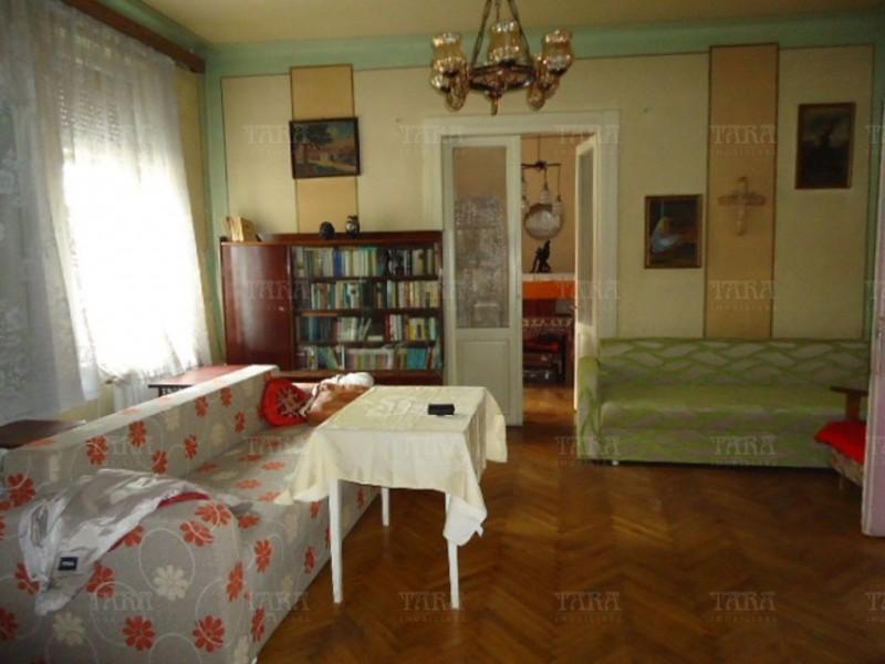 Apartament Cu 3 Camere Semicentral ID V210896 4